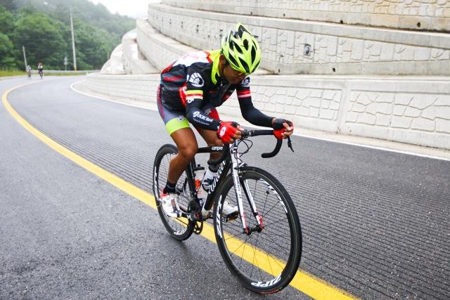 Low Ji Wen records best Singaporean stage finish this season as OCBC Singapore Pro Cycling Team shines at Jelajah Malaysia